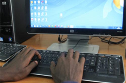 Article : Phénomène de société : tchat et cyberprostitution à Bamako.