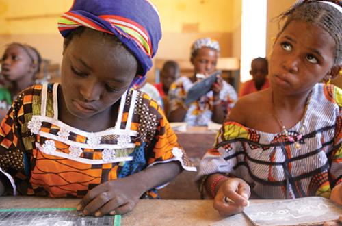 Article : La rentrée scolaire 2013 – 2014: pas facile pour les menages Bamakoise?